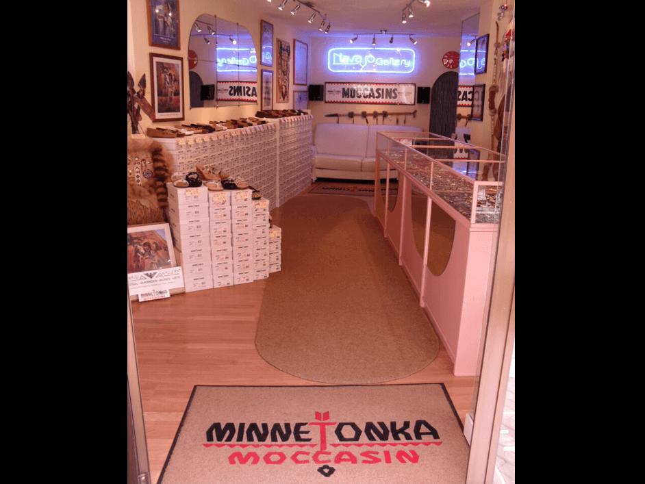 Navajo Gallery Tenerife Minnetonka Retailer