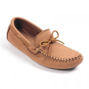 mens-mocs-moosehide-driving-natural-950_03