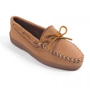 womens-mocs-moosehide-classic-natural-490_03